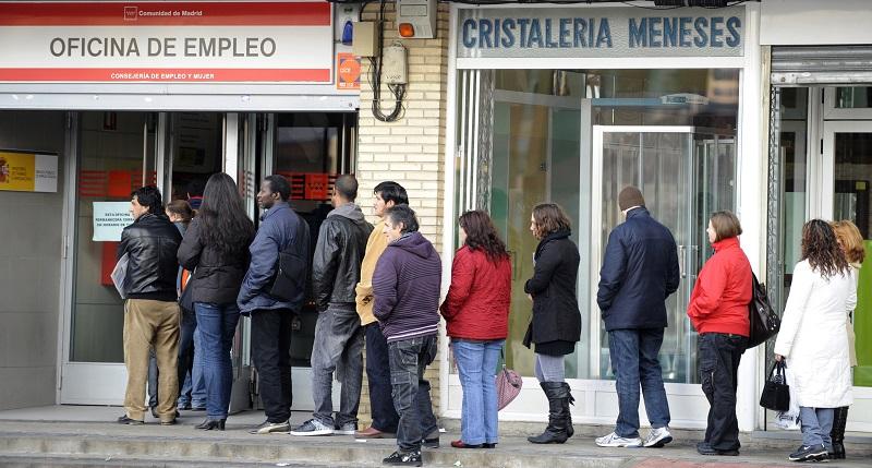 Coronavirus, +7000 casi in Spagna e drammatico sorpasso: ha più contagi dell'Italia