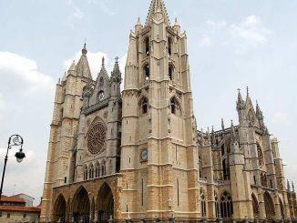 leon cattedrale
