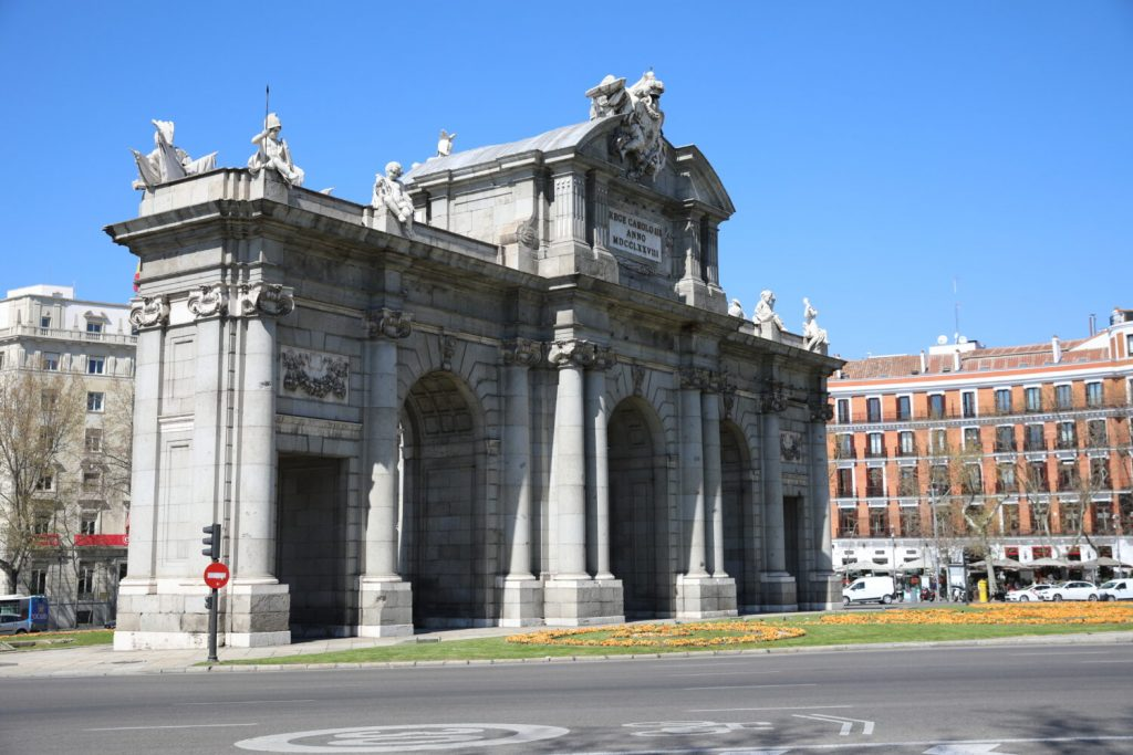 Porta di Alcalá Madrid